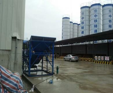 中铁隧道局广州外绕线洗石机现场